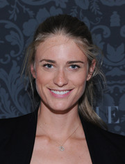 Julie Henderson pulled her hair back in a casual ponytail for the H&M and Vogue Studios Between the Shows party.