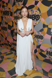 Sydney Sweeney sealed off her look with a pair of silver ankle-strap sandals by Jimmy Choo.