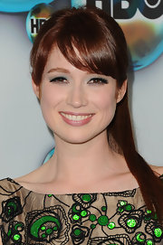 Ellie Kemper wore a vivid green eyeshadow at a Golden Globe Awards after party.