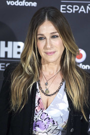 Sarah Jessica Parker attended the HBO Spain presentation wearing her signature boho hairstyle.