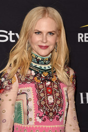 Nicole Kidman sported a simple center-parted 'do with just a slight wave at the HFPA and InStyle TIFF celebration.