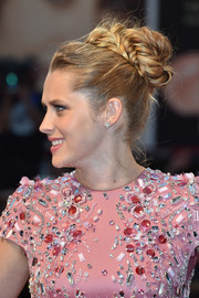 Teresa Palmer went classic with this braided bun for the Venice Film Festival premiere of 'Hacksaw Ridge.'