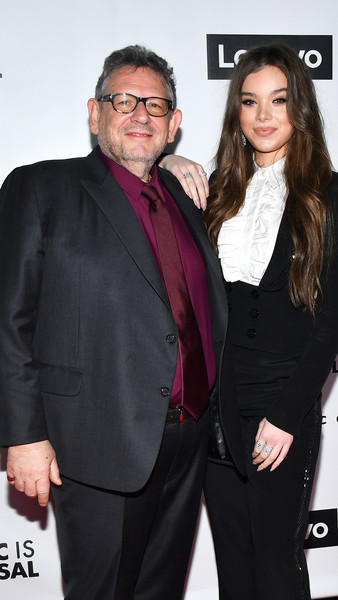 Hailee Steinfeld Diamond Ring [suit,formal wear,event,eyewear,tuxedo,premiere,outerwear,fashion design,long hair,white-collar worker,beck,content,retransmission,crop,grammy,california,getty entertainment,party,universal music group,lenovo,hailee steinfeld,lucian grainge,grammy awards,universal music group,republic records,photography,entertainment,getty images]