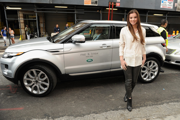 Hailee Steinfeld Button Down Shirt [land vehicle,vehicle,car,range rover evoque,range rover,sport utility vehicle,automotive design,land rover,compact sport utility vehicle,mini suv,rag bone spring 2013 fashion show,hailee steinfeld,front,rag bone,new york city,range rover evoque,land rover,sponsors,fashion show]