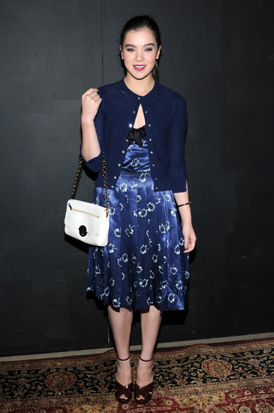 Hailee Steinfeld Cardigan [clothing,blue,dress,fashion,cobalt blue,electric blue,fashion model,cocktail dress,shoulder,footwear,collection,hailee steinfeld,marc jacobs,marc jacobs - backstage,new york city,lexington avenue armory,fashion show,mercedes-benz fashion week]
