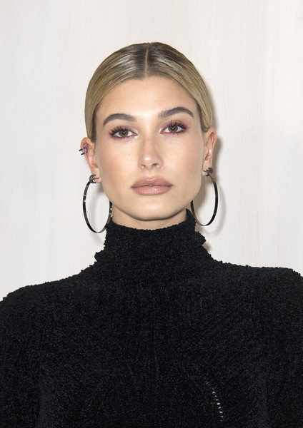 Hailey Bieber Ponytail [photo,image,hair,face,eyebrow,lip,hairstyle,fashion,beauty,cheek,neck,chin,hailey baldwin,supermodel,beauty,fashion,hair,vogue,event,hammer museum gala in the garden,hailey rhode bieber,model,hammer museum,beauty,supermodel,image,vogue,fashion]