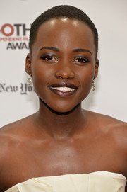 Lupita Nyong'o was goth-chic with her dark pout and smoky eyes at the Gotham Independent Film Awards.