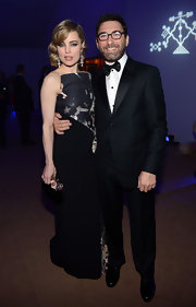 Melissa George wore this divine shield strapless gown for the Haiti benefit at Cannes.