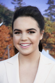 Bailee Madison kept it youthful with this loose ponytail at the Hallmark Channel Summer TCA Press Tour.