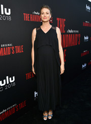 Yvonne Strahovski chose a black Boss maternity dress with a layered bodice and a pleated skirt for the 'Handmaid's Tale' finale.