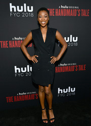 Samira Wiley kept it simple in a sleeveless black tux dress at the 'Handmaid's Tale' finale.