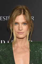 Constance Jablonski was sexily coiffed with a loose, messy updo at the 2018 Harper's Bazaar Icons event.