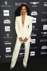 Kelly Rowland looked oh-so-cool in a structured cream pantsuit by George Keburia at the 2018 Harper's Bazaar Icons event.
