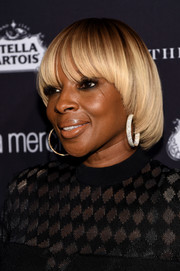 Mary J. Blige rocked a bowl cut at the Harper's Bazaar Icons event.
