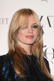 Georgia May Jagger sported a casual straight style with parted bangs at the Harper's Bazaar Women of the Year Awards.