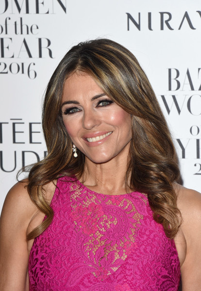 Elizabeth Hurley's Center-Parted Curls