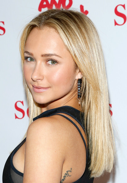 Hayden Panettiere Long Straight Cut