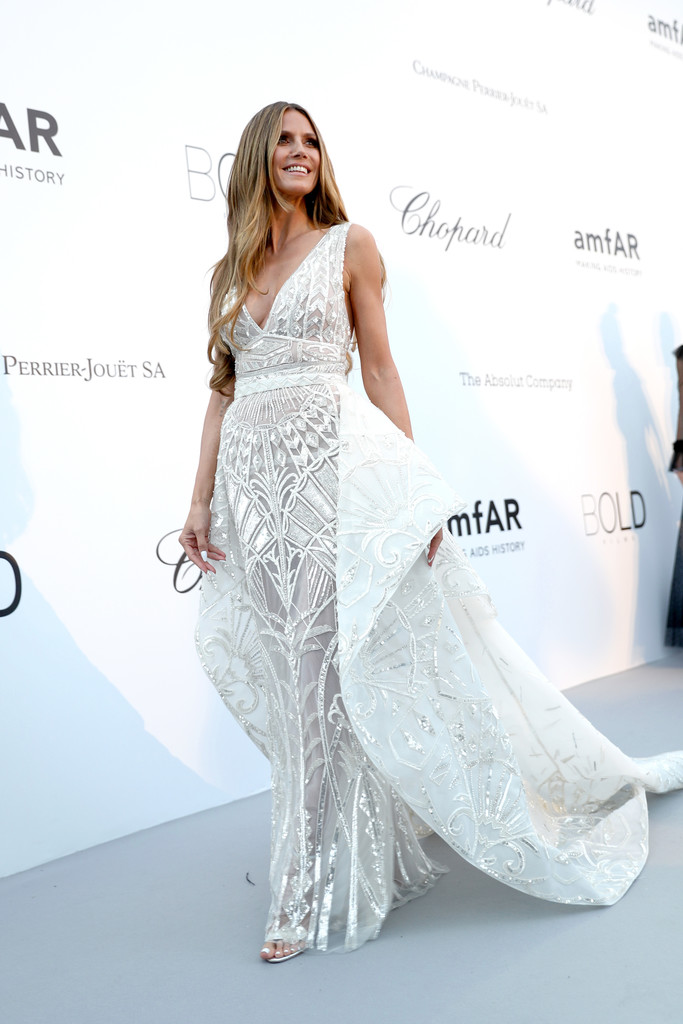 Heidi Klum with Skirts and Crazy to Browse Cannes