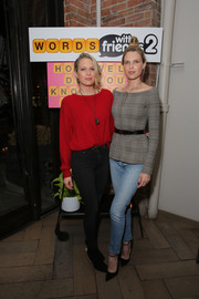 Erin Foster kept it casual in faded skinny jeans.