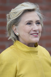 Hillary Clinton looked stylish with her tousled bob while receiving her Honorary Doctorate from Swansea University.