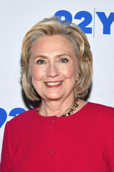Hillary Clinton Bob [photos,in conversation with kara swisher,hair,face,hairstyle,blond,chin,wrinkle,layered hair,feathered hair,smile,premiere,hillary rodham clinton in conversation with kara swisher,united states,new york city,92nd street y]