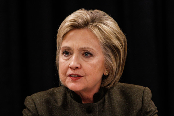Hillary Clinton Bob [face,hair,head,cheek,chin,human,wrinkle,portrait,smile,photography,hillary clinton,officials,presidental,flint,michigan,city,democratic,hillary clinton attends community meeting on water crisis,water crisis,primary]