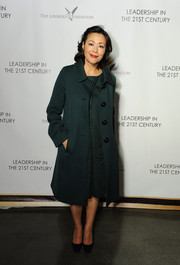 Ann Curry looked classy in a vintage-chic teal coat during her Q&A event.