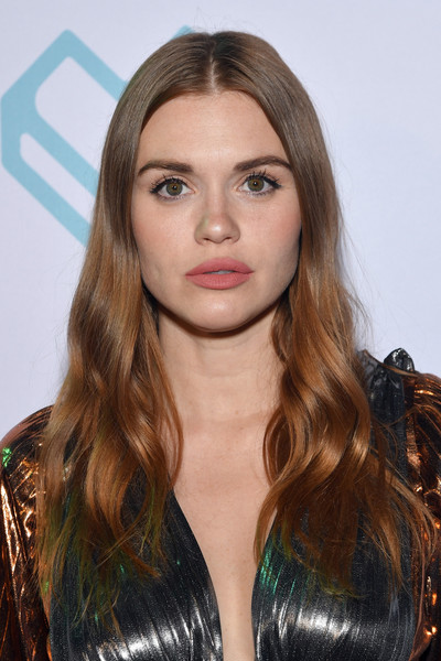 Holland Roden Long Wavy Cut