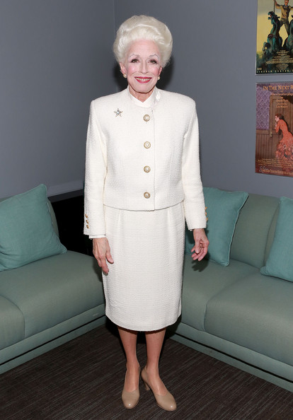 Holland Taylor Clothes