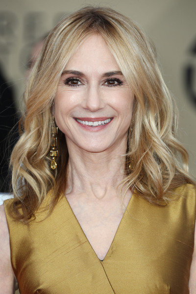 Holly Hunter Medium Wavy Cut [hair,face,blond,hairstyle,eyebrow,layered hair,lip,beauty,chin,long hair,arrivals,holly hunter,screen actors guild awards,los angeles,california,the shrine auditorium]