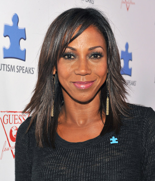 Holly Robinson Peete Hair