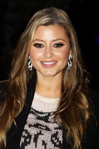 Holly Valance False Eyelashes [the twilight saga: breaking dawn part 1,hair,face,hairstyle,eyebrow,blond,layered hair,long hair,lip,beauty,brown hair,holly valance,uk,london,westfield stratford city,uk premiere of breaking dawn,tabloid newspapers,premiere]