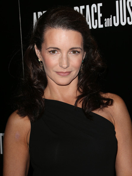 More Pics of Kristin Davis Leaf Earrings (1 of 4) - Kristin Davis Lookbook - StyleBistro