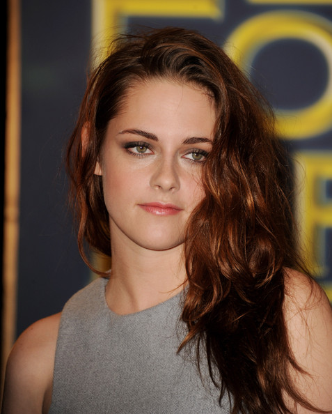 More Pics of Kristen Stewart Long Wavy Cut (2 of 26) - Long Wavy Cut Lookbook - StyleBistro
