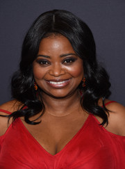 Octavia Spencer wore a sweet curly hairstyle at the Golden Globes 75th anniversary celebration.