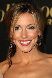 Katie Cassidy wore crystal drop earrings that shined at The Hollywood Reporter Bog 10 party.