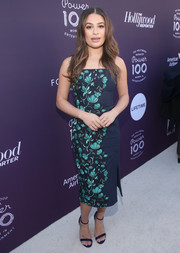 Lea Michele matched her dress with a pair of navy velvet sandals by Loriblu.