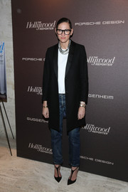 Jenna Lyons looked perfectly styled all the way down to her modern-chic T-strap pumps.