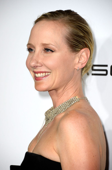 Anne Heche kept it simple with this slicked-back updo when she attended the Hollywood Reporter Emmy party.