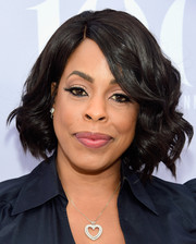 Niecy Nash was sweetly coiffed with this curled-out bob at the Women in Entertainment Breakfast.