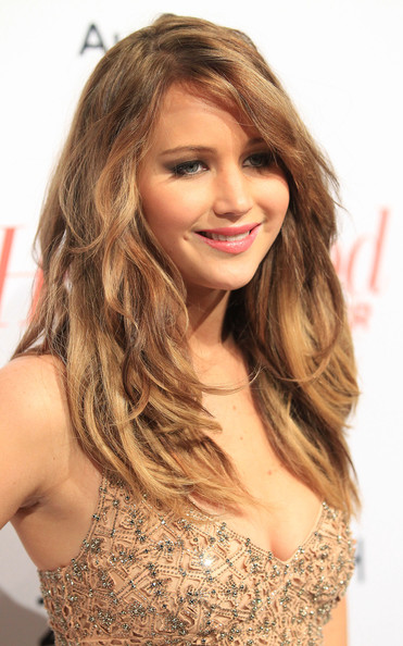 More Pics of Jennifer Lawrence Long Wavy Cut (2 of 15) - Long Wavy Cut Lookbook - StyleBistro
