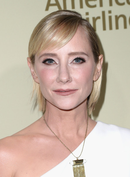 Anne Heche kept it youthful and sweet with this short 'do and side-swept bangs at the Hollywood Reporter and SAG-AFTRA Emmy nominees night.