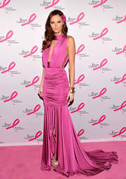 Alyssa Campbanella looked like a dramatic doll in this hot pink ruched gown.