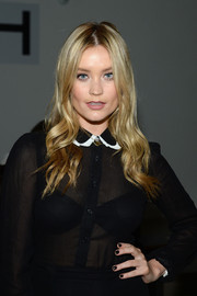 Laura Whitmore matched her mani to her black outfit at the Houghton Spring 2016 show.
