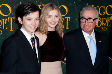 Asa Butterfield Chloe Grace Moretz 'Hugo Cabret 3D' - Paris Premiere Photocall