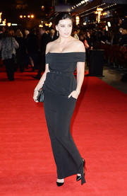 Daisy Lowe chose a simple yet sophisticated black off-the-shoulder column dress for the 'Hunger Games: Mockingjay Part 1' premiere.