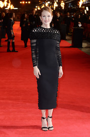 Julianne Moore chose simple black ankle-strap sandals, also by Balenciaga, to complete her red carpet look.