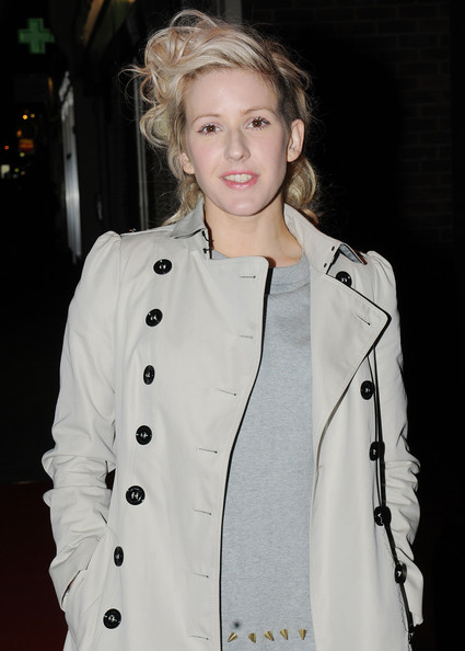More Pics of Ellie Goulding Strappy Sandals (1 of 3) - Ellie Goulding Lookbook - StyleBistro
