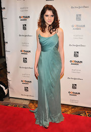 Kara Hayward looked like a mermaid in this gorgeous teal silk gown at the Gotham Independent Film Awards.