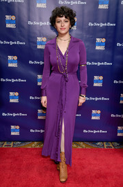 Alia Shawkat donned a simple yet chic purple shirtdress for the 2017 Gotham Independent Film Awards.